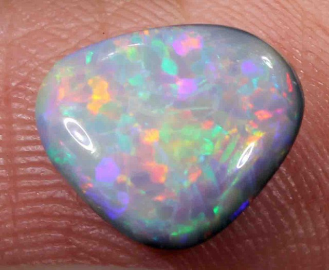 1.90 ct BLACK OPAL FROM LR - 524989