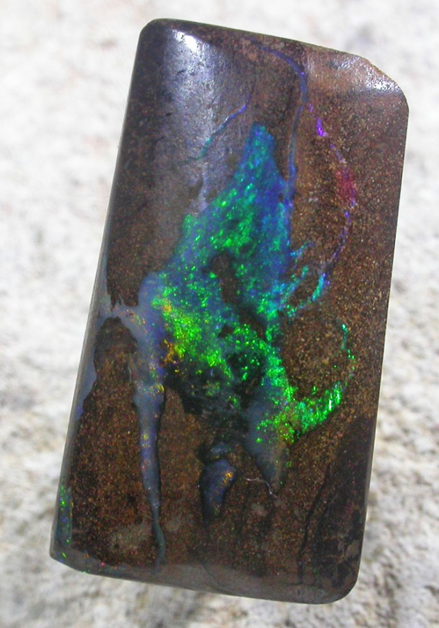 13.9 CTS BOULDER OPAL -TOP POLISH[SO5330]