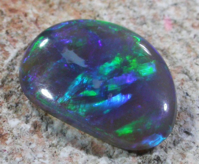 0.95 CTS BLACK OPAL - LIGHTNING RIDGE- [SO5379]