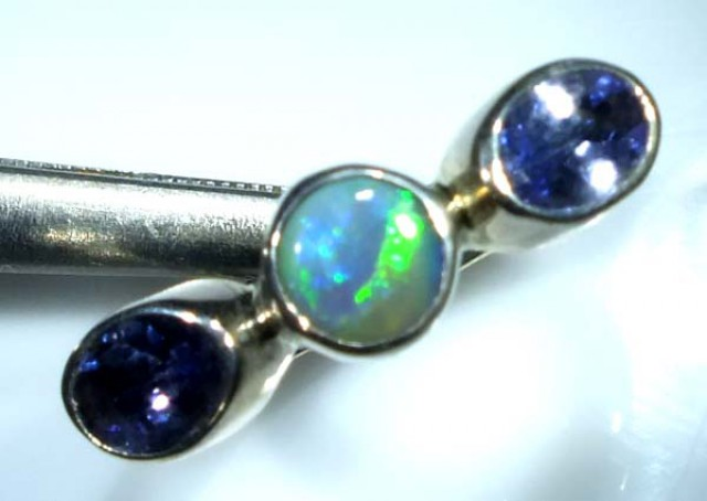 DOUBLET OPAL SILVER RING  13.65 CTS OF-943