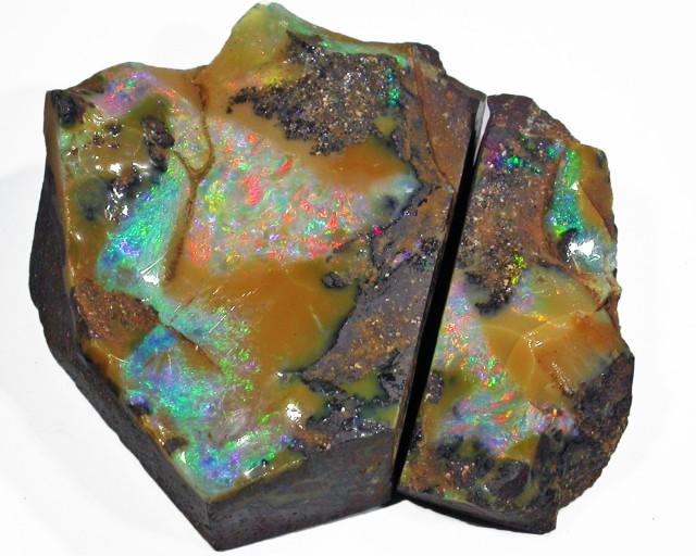 Pair good Boulder opals    QOM1622