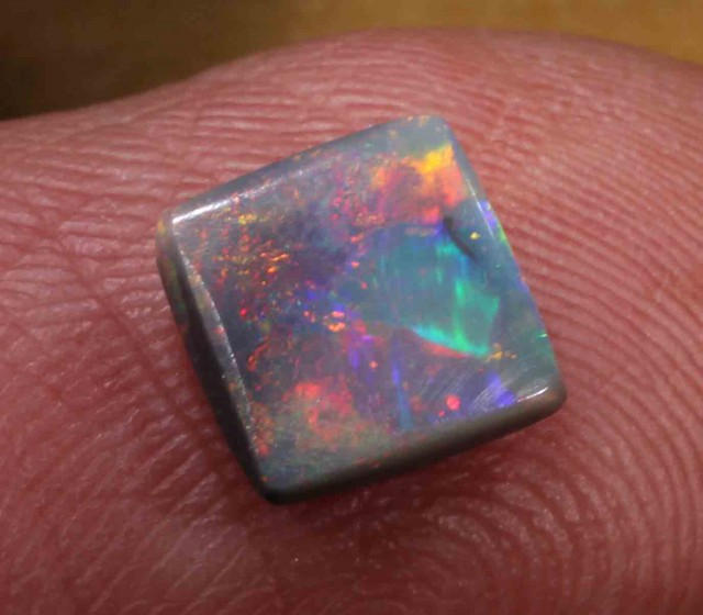 1.45 ct BLACK OPAL FROM LR - 667446
