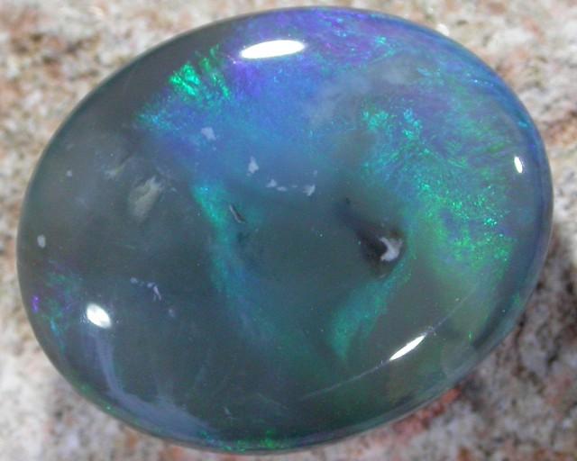 BEAUTIFUL BLUE & GREEN FLASH OPAL 6.40 CTS QO1709