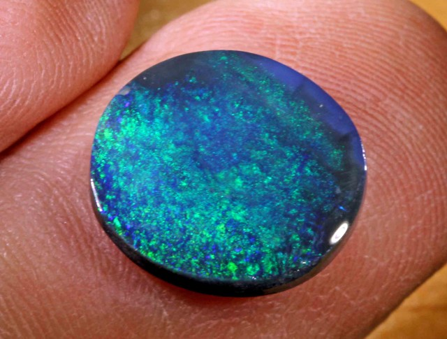6.60 CT BLACK OPAL FROM LR - 546391
