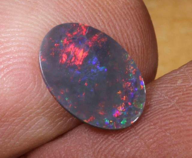 1.30 ct BLACK OPAL FROM LR - 546577
