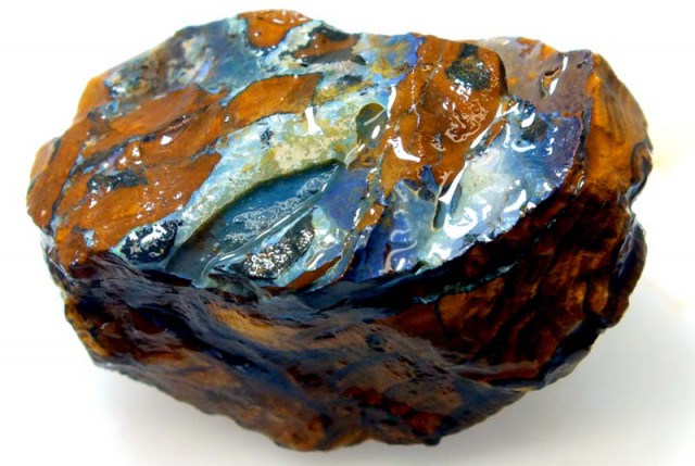 BOULDER OPAL ROUGH  210 CTS DT-4425
