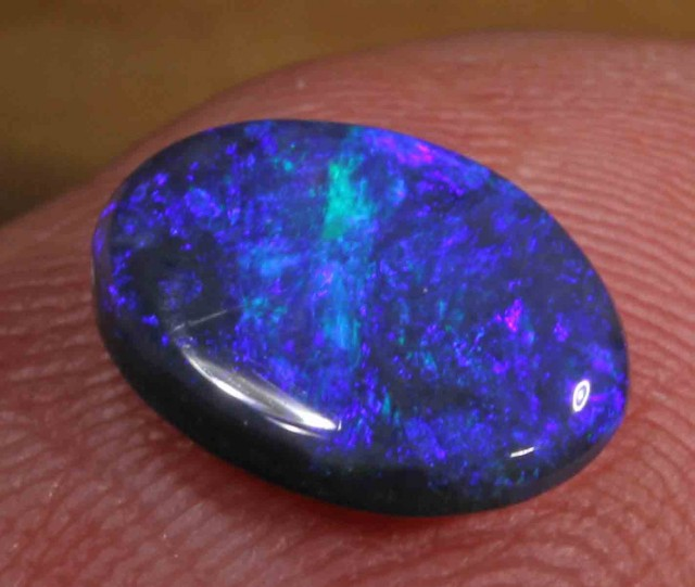 2.75 ct BLACK OPAL FROM LR -   554002