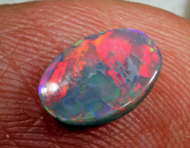 1.0 cts BLACK OPAL FROM LR