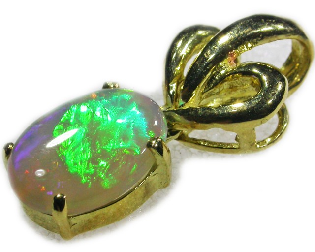 Bright gem Crystal 18K  Opal Pendant  BU 428