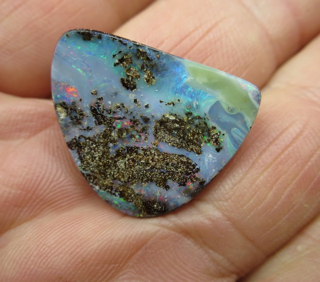 "C/O 24cts,""FREE SHIPPING"" BOULDER OPAL."