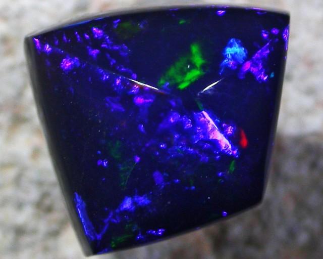 Faceted Tintenbar Doublet opal BU 472