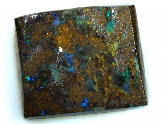 BOULDER OPAL ROUGH 32.60 CTS DT-4811