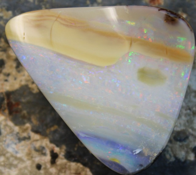 69.40 CTS BOULDER OPAL POLISHED STONE GLOSSY FINISH D1