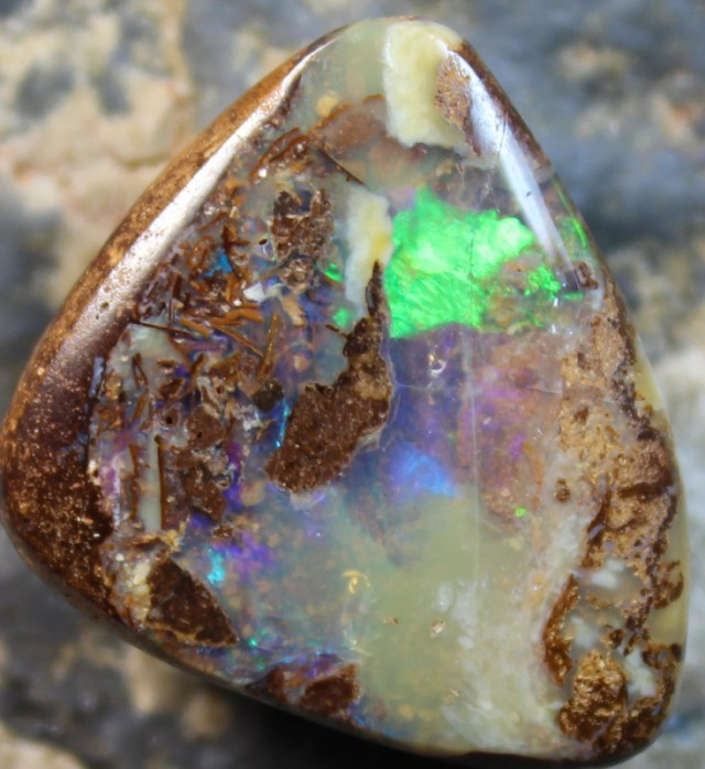 22.10 CTS BOULDER OPAL POLISHED STONE GLOSSY FINISH D57