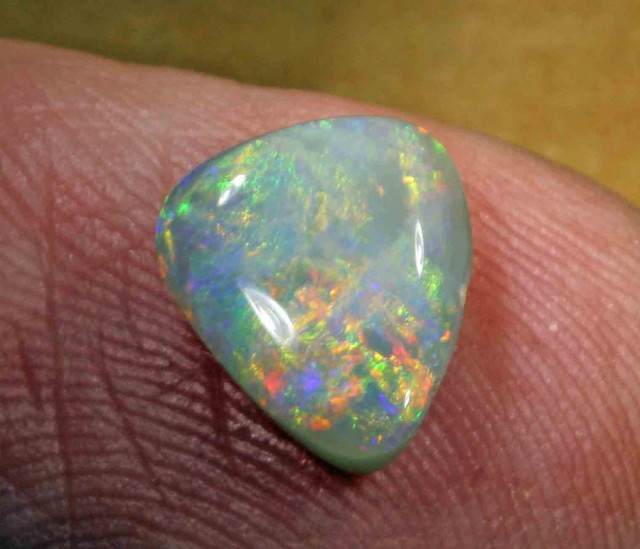 FREE SHIPPING  1.90 ct BLACK OPAL FROM LR -
