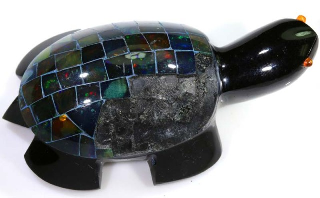 282.30 CTS BLACK OPAL INLAY TURTLE LO-3202