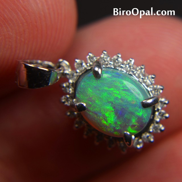 18k white gold pendant with natural solid crystal opal and 22 diamonds