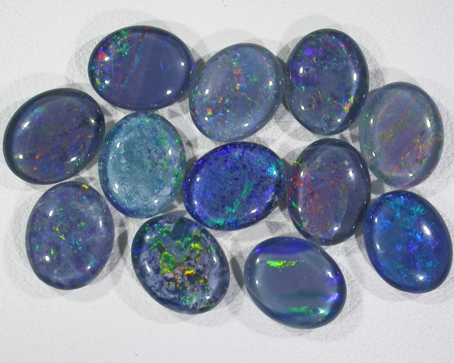 21.45 Cts Parcel 12 Opal triplets  BU 834