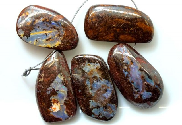 BOULDER OPAL POLISHED DRILLED(PARCLE) 440 CTS ADO-2929