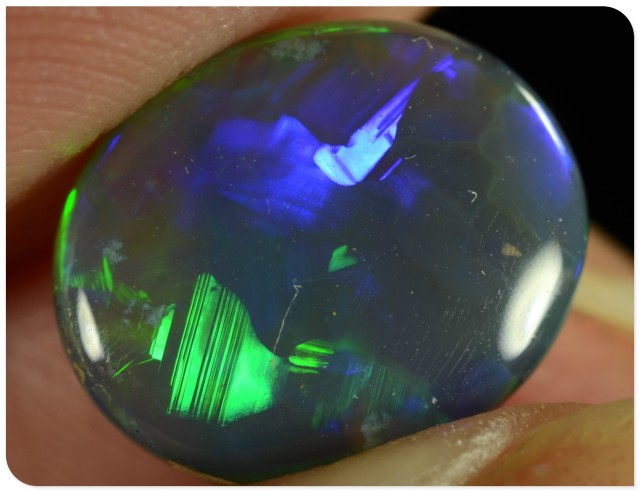 2.15ct Black Opal - ID:20079 Unique Pattern 100% Natural GEM