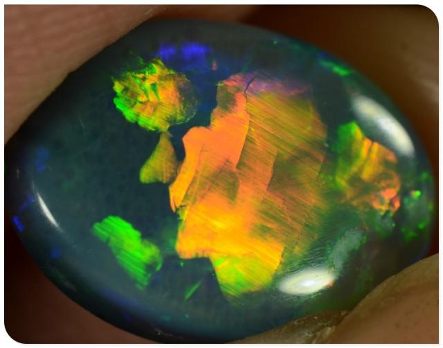 Semi Black Opal - ID:20537 Red/gold rolling flash pattern