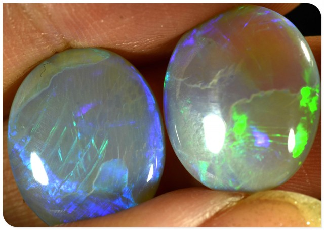LARGE 11.5ct Crystal Opal - ID:20304 Large pair of light opals VERY BRIGHT