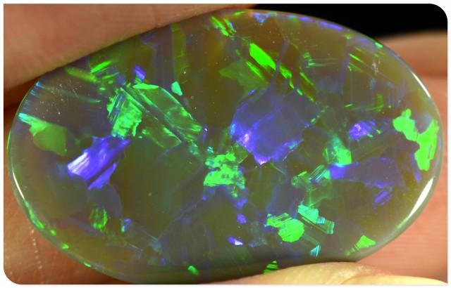 6.3ct Semi Black Opal - ID:20218 Stunning Pattern