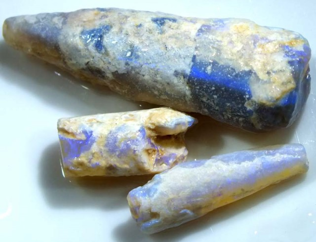 54CTS  OPAL FOSSIL BELEMNITE (PARCEL) FO-489