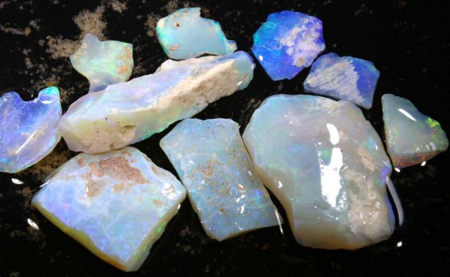 50 CTS COOBER PEDY WHITE OPAL ROUGH PARCEL DT-6406