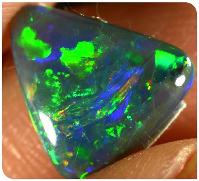 Black Opal - ID:20080 Gold Green Orange freeform triangle
