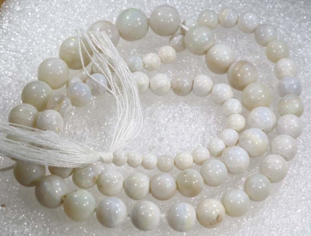 72.35 CTS COOBER PEDY WHITE OPAL BEADS STRANDS TBO-4209