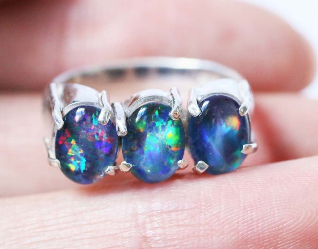 Aussie  Cluster Opal Mosaic Triplet  in silver Ring size 4.75  BU1254