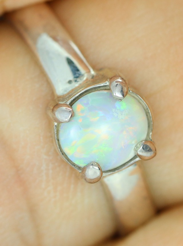 8.5 RING SIZE SOLID CRYSTAL OPAL -FACTORY DIRECT [SOJ1503]