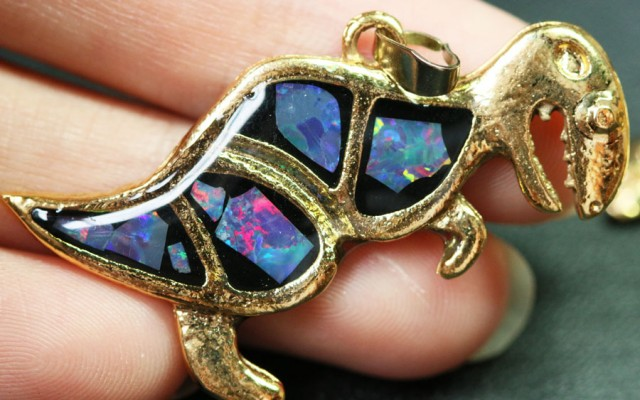 6 Pieces Cute Dinosaur Opal pendants BU1475
