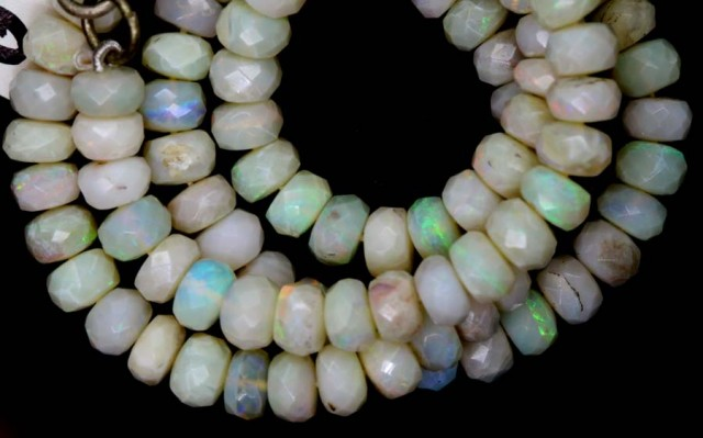 88.60 CTS COOBER PEDY WHITE OPALBEADS TBO-4462