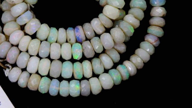 64.70 CTS COOBER PEDY WHITE OPALBEADS TBO-4464