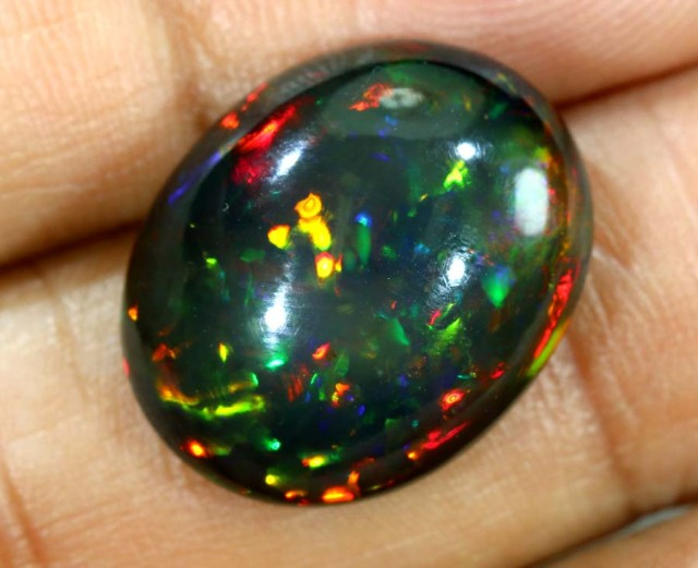 7.20 cts ETHIOPIAN OPAL STONE TBO-4478