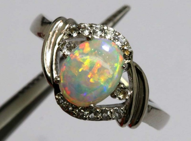 17 CTS WHITE OPAL SILVER RING OF-1303