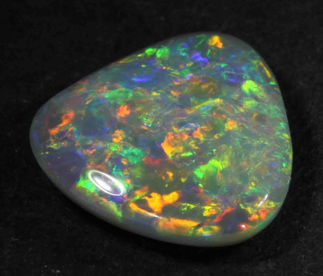 2.62 CTS  BLACK OPAL FROM LR -   667789