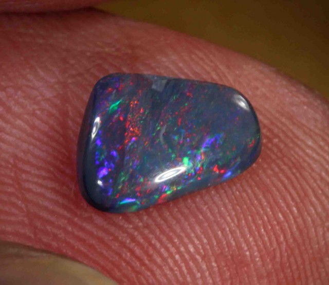 1.15 CTS  BLACK OPAL FROM LR -  581527