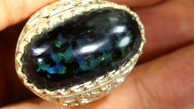 INDONESIAN OPAL RING  53  CTS OF-1321