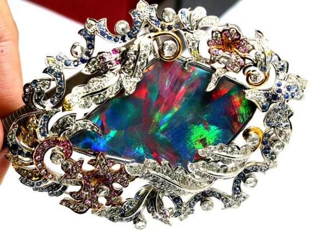 DESIGNED BLACK OPAL PENDANT SOLID 18K GOLD 266  cts   GC