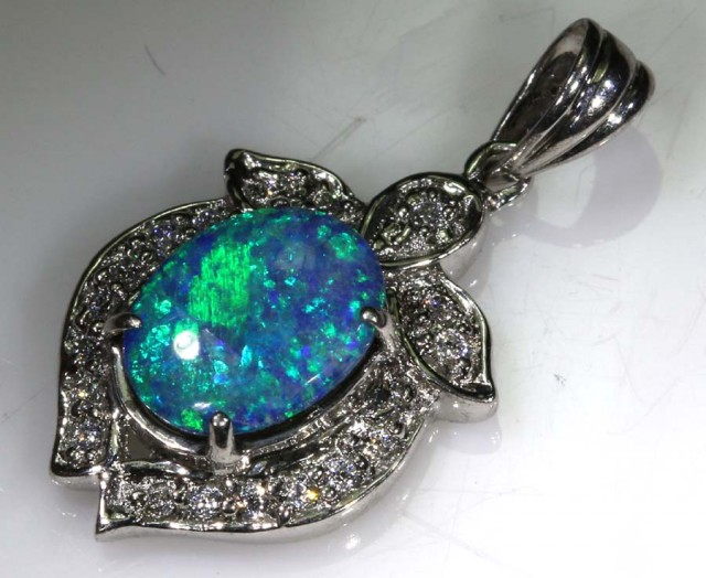 10 CTS DOUBLET OPAL SILVER PENDANT OF-1418