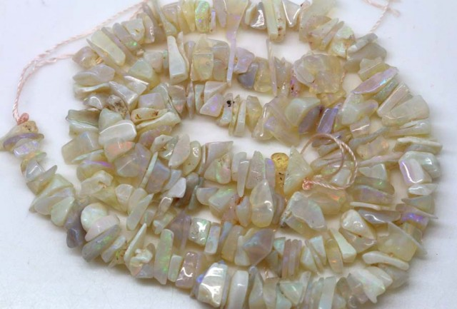 77.50 CTS WHITE OPAL STRAND LO-3884