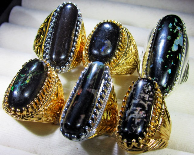 INDONESIAN BLACK OPAL RINGS -DEALERS PARCEL[VS7192]