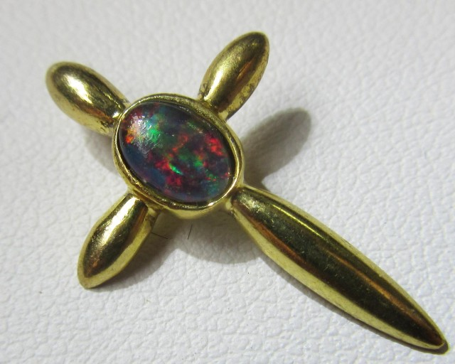 Cross gold plated with Triplet opal    Bu 2033