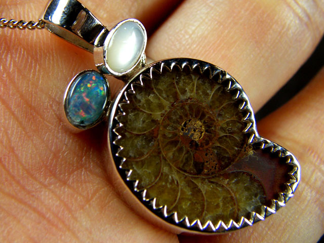 MIX AMMONITE SHELL,OPAL  STERLING SILVER PENDANT     MYT697