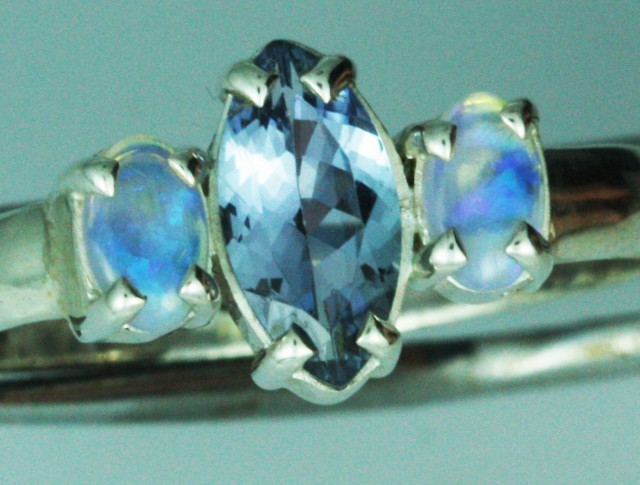 9 RING SIZE TANZANITE AND OPAL RING [SOJ3149 ]