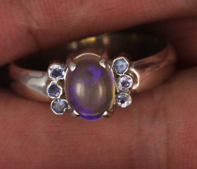 8.5 SIZE  SOLID OPAL AND 6 TANZANITES -FACTORY [SJ3188 ]