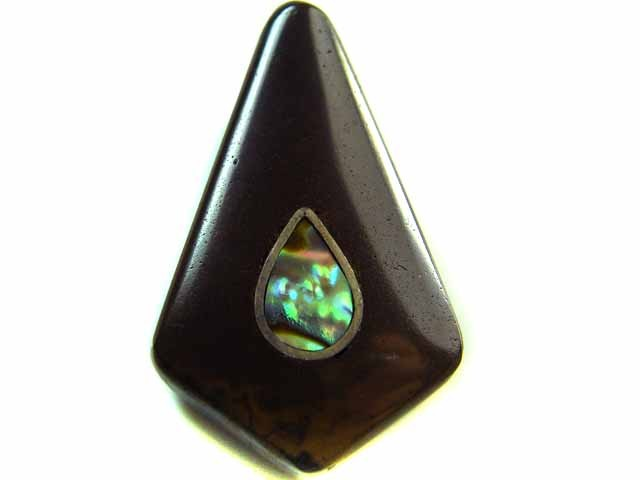 MOTHER PEARL INLAID  IRONSTONE BEAD 24.45CTS AG1971